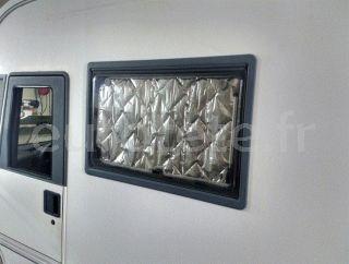 Fenetre d'isolation thermique 120 x 35 cm pour camping-car